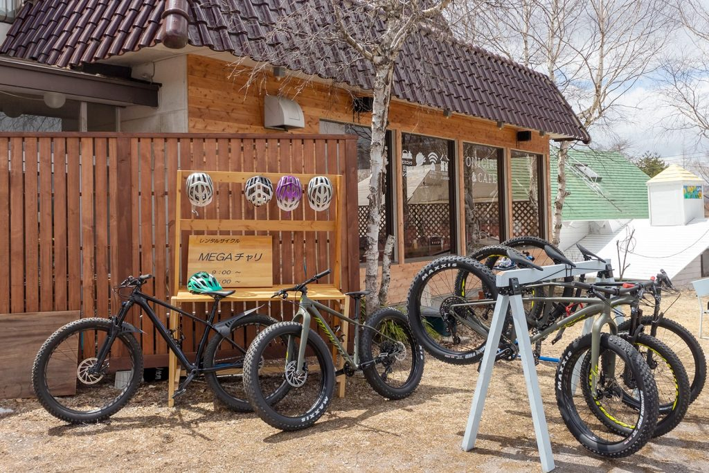信州長野県のリゾート地 白樺高原にあるレンタルサイクルショップ:MT-CB(マウンテンサイクルベース)の外観